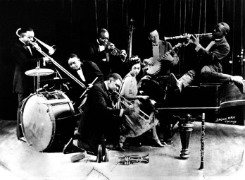 Louis Armstrong and the hot seven, 1927